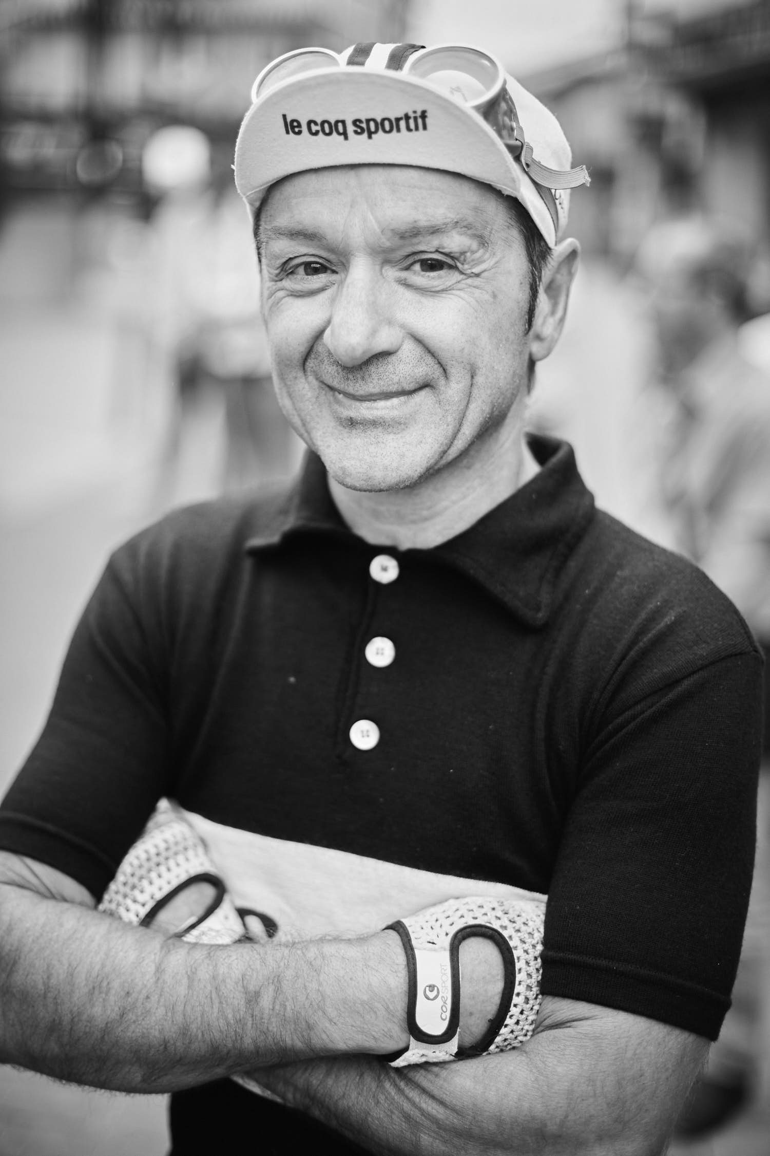 Portrait of a cyclist part of the L'Eroica an annual non-competitive cycling event.The theme of the event is vintage cycling, with participants using vintage (pre-1987) bikes, accessories and clothing, and the route often including unpaved roads. Cenicero, La Rioja. Spain. Documentary, le coq sportif, cycling, colnago, photographer, Arkaitz Saiz, Ark Saiz, videographer, climbing, climb, video, photo, foto, documental, fotografia, naturaleza,